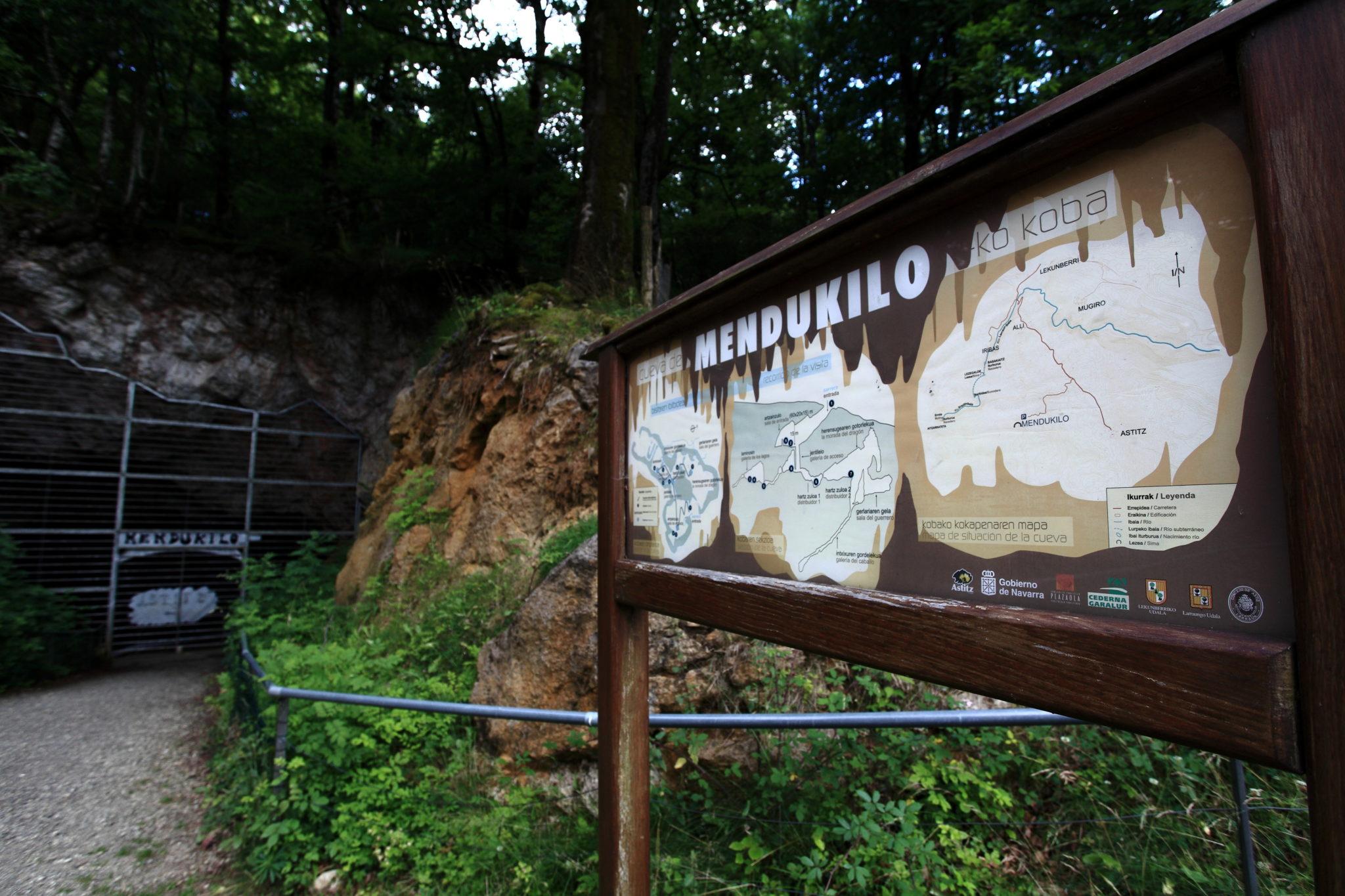 Entrada de la Cueva Mendukilo